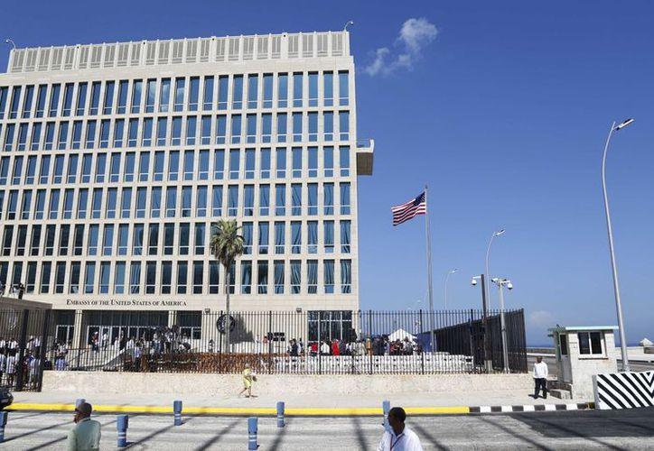 Casi un año después de que los diplomáticos describieran problemas de salud, los investigadores estadounidenses seguían sin saber quién estaba tras los ataques, que afectaron al menos a 21 diplomáticos y sus familiares. (AP)
