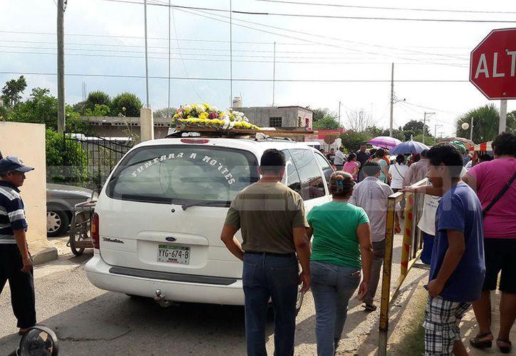 El cuerpo de José Manuel fue sepultado este jueves por la tarde. (SIPSE)
