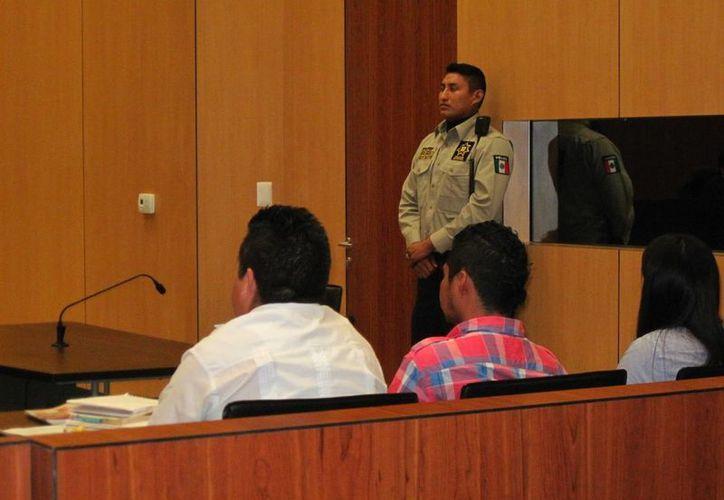 Continúan en Mérida las comparecencias en el juicio oral correspondiente al asesinato de un psiquiatra, quien luego fue desmembrado. (Milenio Novedades)