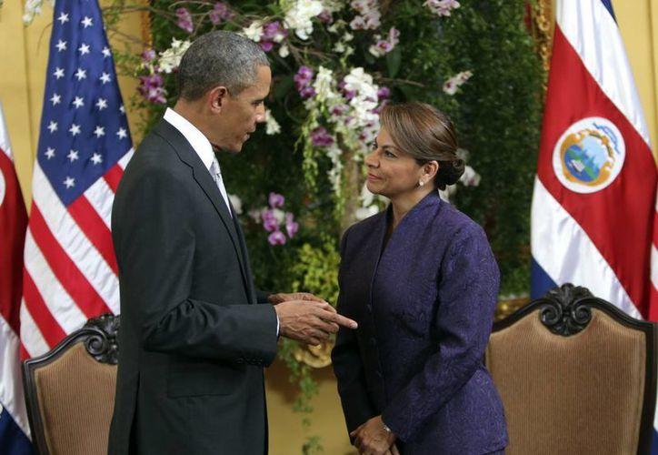 Obama y Chinchilla se reúnieron en la sede de la Cancillería costarricense, en el centro de San José. (EFE)