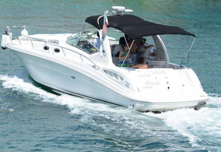 La marina Club Náutico Cancún no afectará la circulación de las embarcaciones en la laguna, pues tendrá su propia ruta. (Luis Soto/SIPSE)