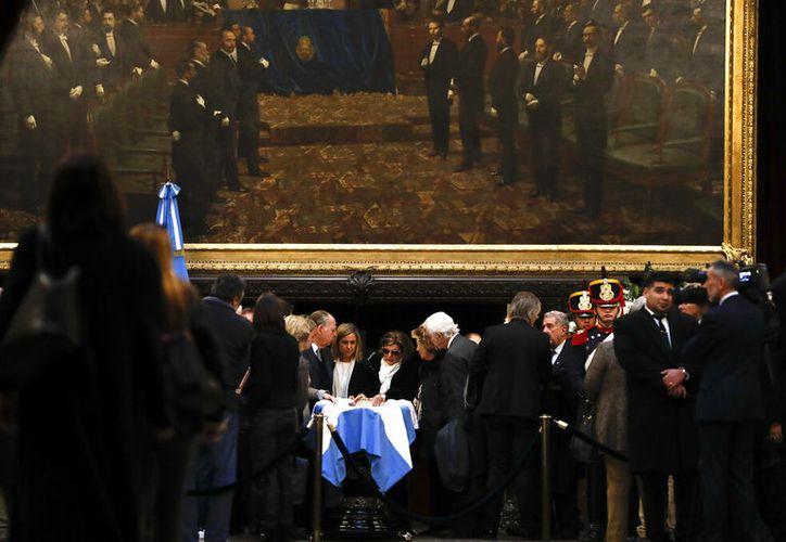 El gobierno de Fernando de la Rúa es recordado por la grave crisis en la que estuvo sumergido Argentina. (AP/Natacha Pisarenko)