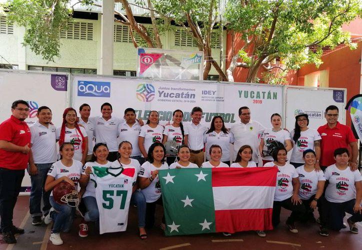 """El conjunto estatal se encuentra conformado por integrantes de los equipos """"Búfalos"""", """"Águilas"""", """"Leonas"""" y """"Cheetahs"""". (Foto: Novedades Yucatán)"""