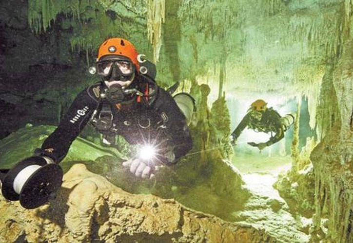 El descubrimiento fue hecho por el equipo del Gran Acuífero Maya. (Foto: Milenio)