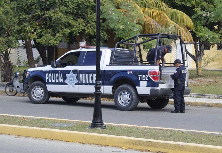 Durante la madrugada, dos asaltos se registraron en la isla, uno en la cooperativa de la iglesia Corpus Christi y otro a una tienda de ropa. (Foto: Redacción/SIPSE)