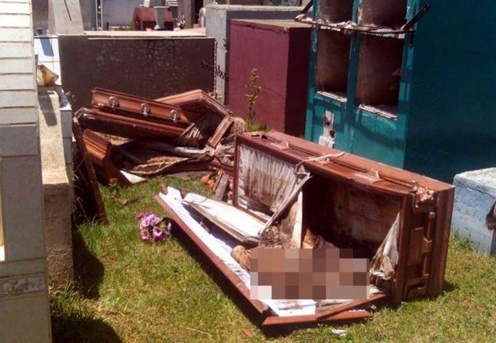 En los hechos se reportaron que en ese poblado de Tepatitlán fueron robados cuatro cráneos de un mismo número de tumbas. (El Debate)