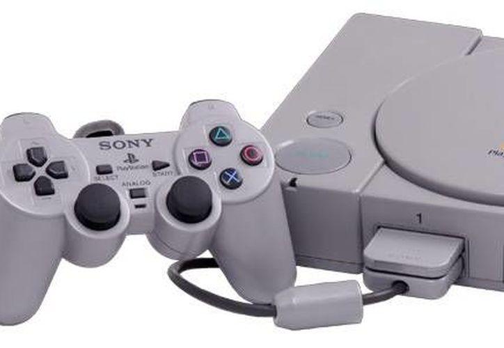 La Playstation innovó el concepto de los videjuegos pen cuanto a gráficos, la experiencia del usuario y el uso de cd en vez de casete. (Playstation 1/internet)
