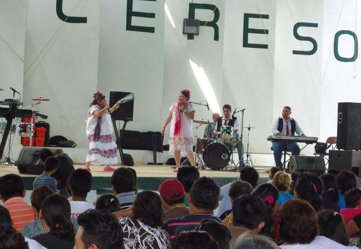 La celebración en el Cereso de Mérida. (SIPSE)