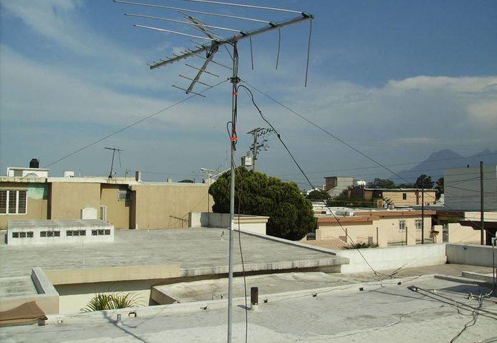 Las antenas de televisores analógicos no captan la señal digital. (Foto de contexto/network54.com)