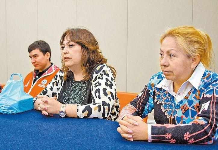 Conferencia de prensa encabezada por las madres de los desaparecidos. (Milenio)
