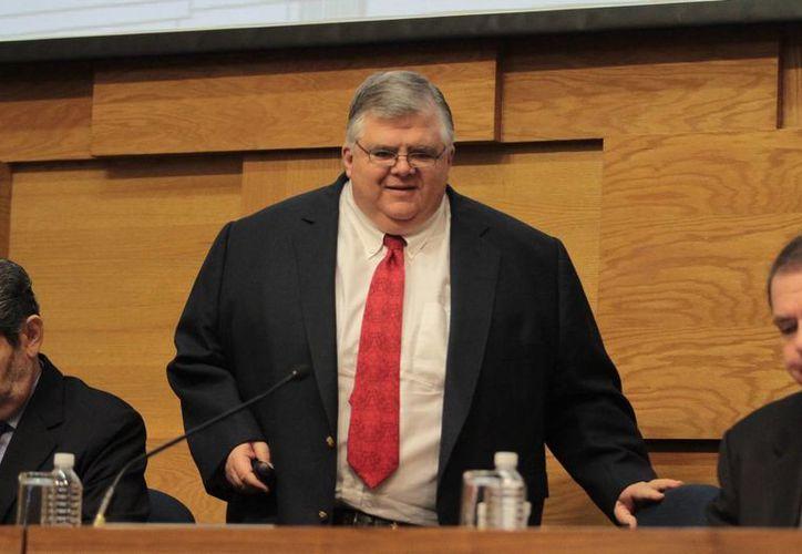 Carstens enfatizó que la coordinación de política fiscal y monetaria de ninguna manera ha sido en detrimento de la autonomía del Banxico. (Notimex)