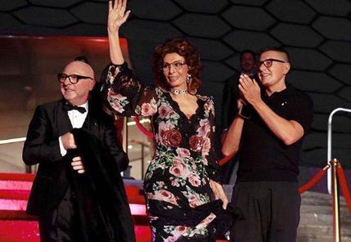 El icono del cine italiano Sophia Loren fue invitada de honor. (Instagram)
