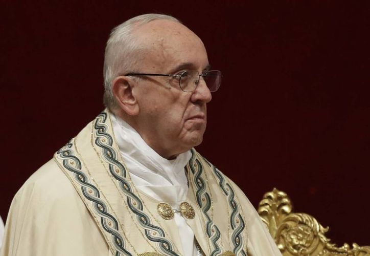 Papa Francisco celebra la misa de Año Nuevo en la basílica de San Pedro en el Vaticano. (AP/Andrew Medichini)