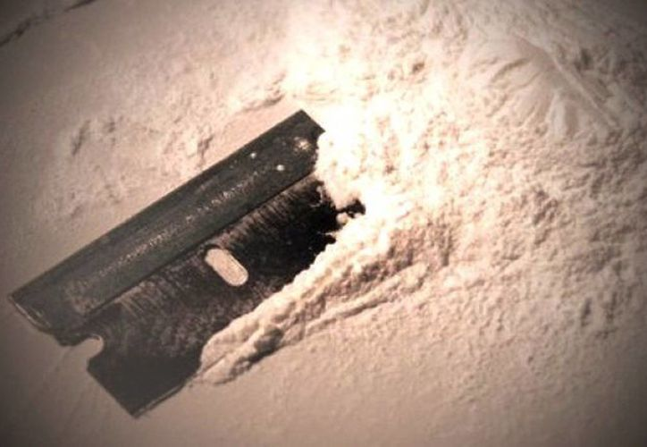 Los presuntos narcotraficantes estaban en posesión de 45 gramos de metanfetamina y 45 gramos de heroína, según la policía de Farmington. (Agencias)