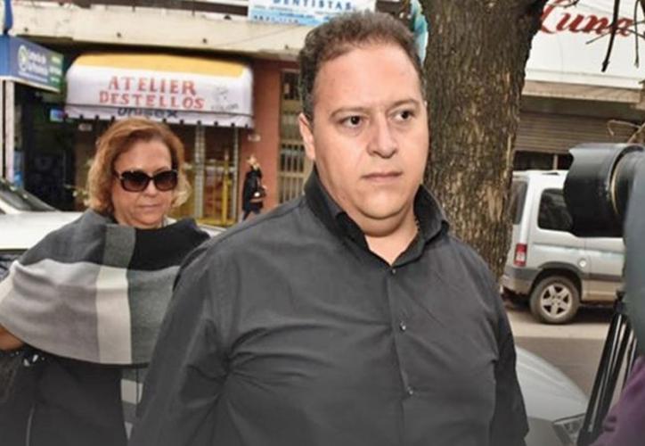 Justicia de Argentina procesa a la viuda y el hijo de Pablo Escobar por lavado de dinero. (Twitter)
