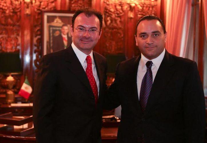 Aspectos de la reunión entre Luis Videgaray Caso y Roberto Borge Angulo. (Redacción/SIPSE)