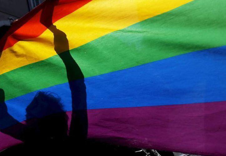 Una encuesta de la Universidad Quinnipiac halló en julio que el 50% de los votantes registrados del estado apoyaban el casamiento gay y el 43% se oponía. (Archivo SIPSE)