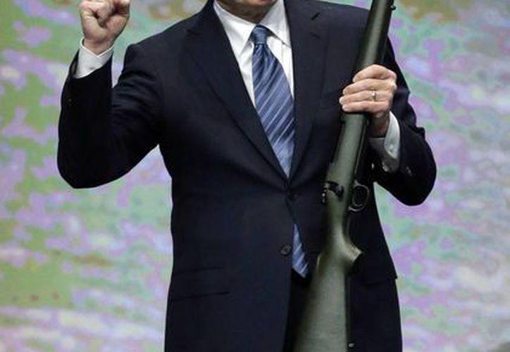 LaPierre dijo en la semana que las nuevas leyes de Connecticut simplemente evitarían que las personas respeten la ley en la compra de armas para la defensa personal. (Agencias)