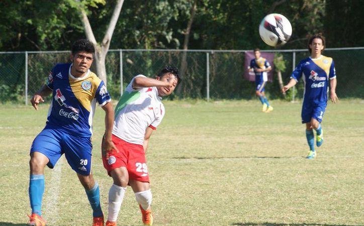 Los Chacmoles mantienen la primera posición de la Liga de Nuevos Talentos. (Ángel Villegas/SIPSE)
