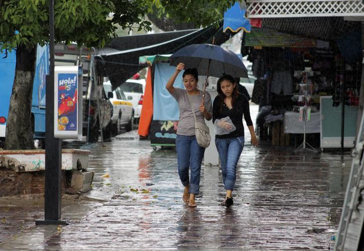 Las precipitaciones durante las últimas 24 horas fueron: Chetumal, 4.7 y Felipe Carrillo Puerto, 1.5 milímetros. (Redacción/SIPSE)