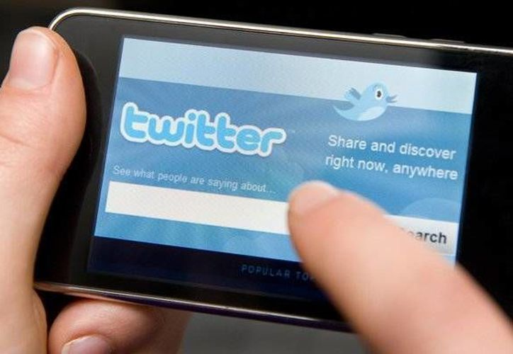 Twitter informó del robo de información de 250 mil usuarios. (xataka.com.mx)