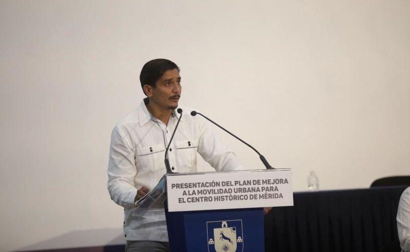 Carlos Sauri Quintal director de la Universidad Modelo Mérida, expresó su reconocimiento al Gobierno de Vila Dosal. (Novedades Yucatán)