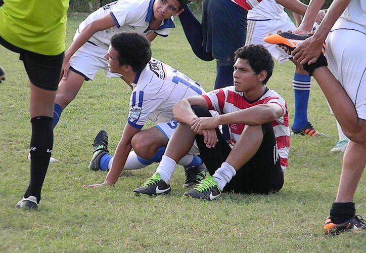 Los Ejidatarios no contará con los servicios del delantero Sergio Espinoza y Adrián Orozco. (Ángel Mazariego/SIPSE)