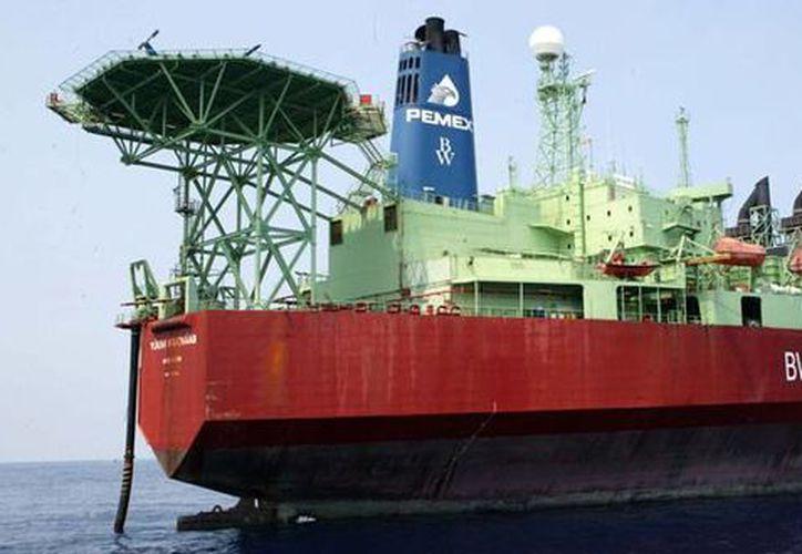 Las recientes reformas que permiten a Pemex asociarse con empresas privadas le da a la petrolera mucha confianza para incrementar la producción. (pemex.com)