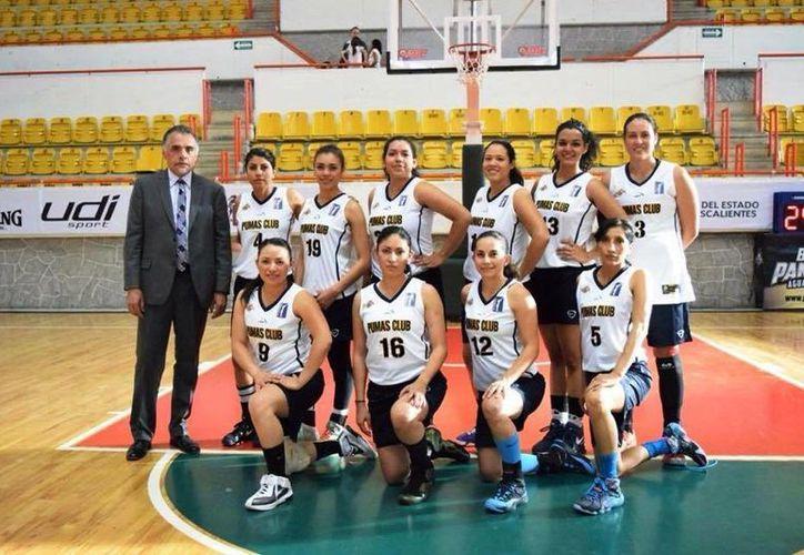 El equipo de baloncesto de la UNAM se trasladaba a la ciudad de México, después de su compromiso deportivo en Nayarit.(Foto de Facebook/Pumas Club Baloncesto Femenil UNAM)