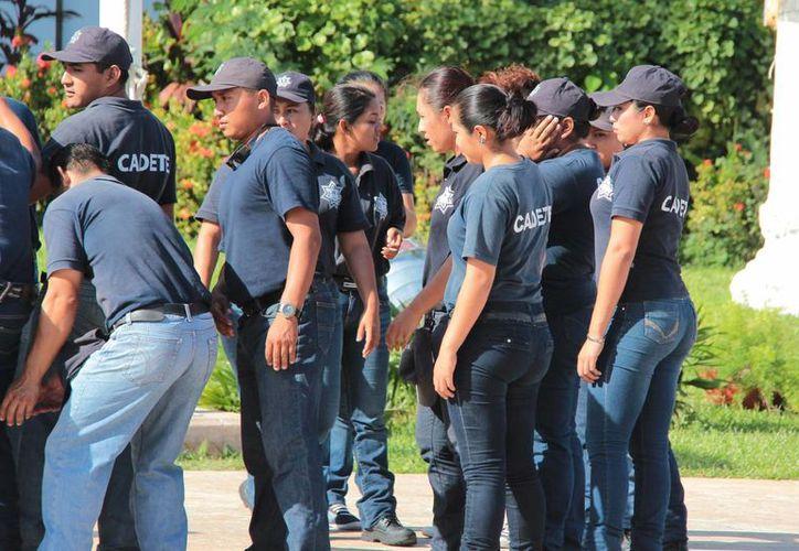 Aún con un déficit de policías en Cozumel, se dice que se hacen esfuerzos para mantener los índices bajos de criminalidad. (Gustavo Villegas/SIPSE)