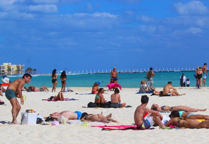 Empresarios de Playa del Carmen rechazan el cobro de un nuevo derecho a turistas. (Octavio Martínez/SIPSE)