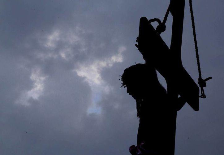 La crucifixión de Jesús.  (Israel Leal/SIPSE)