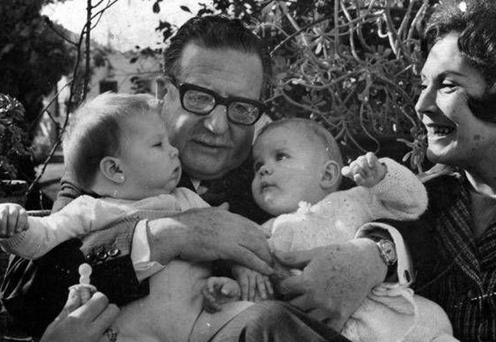 """El largometraje """"Allende mi abuelo Allende"""" de la directora chileno-mexicana  Marcia Tambutti fue galardonado este sábado con el premio """"El ojo de oro"""" como el mejor documental (AP)."""