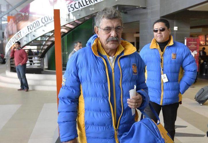El Tuca Ferretti aclaró que Tigres no tiene la intención de demandar a Alan Pulido por incumplimiento de contrato. (Archivo Notimex)