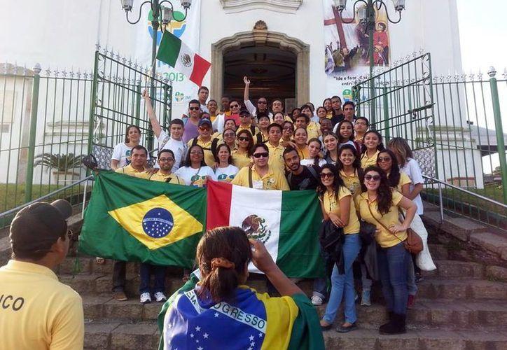 Yucatecos que participan en la Jornada Mundial de la Juventud. (Milenio Novedades)