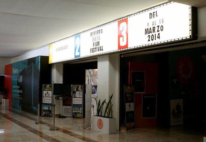 Buscan colocar al Festival de Cine de la Riviera Maya como referente lationamericano en materia del séptimo arte.  (Adrián Monroy/SIPSE)