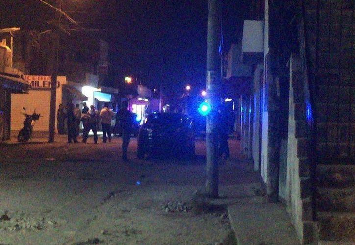 El reporte de una persona baleada fue hecho esta noche en la Región 94 de Cancún. (Redacción/SIPSE)