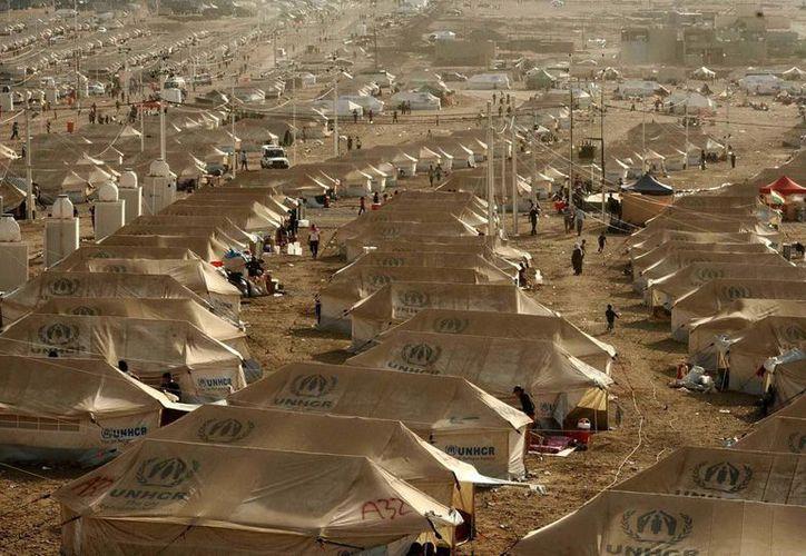 Campo donde se espera la llegada de refugiados sirios provenientes del norte de Irak. (EFE)