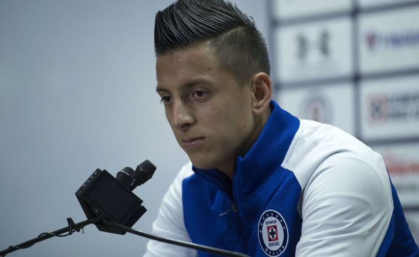 Roberto Alvarado, futbolista del equipo Cruz Azul. (Foto: MexSport)