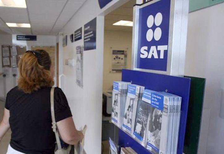 El SAT previene a los contribuyentes sobre la posibilidad de ser víctimas de un fraude fiscal o de un virus informático. (conexiontotal.mx/Foto de contexto)