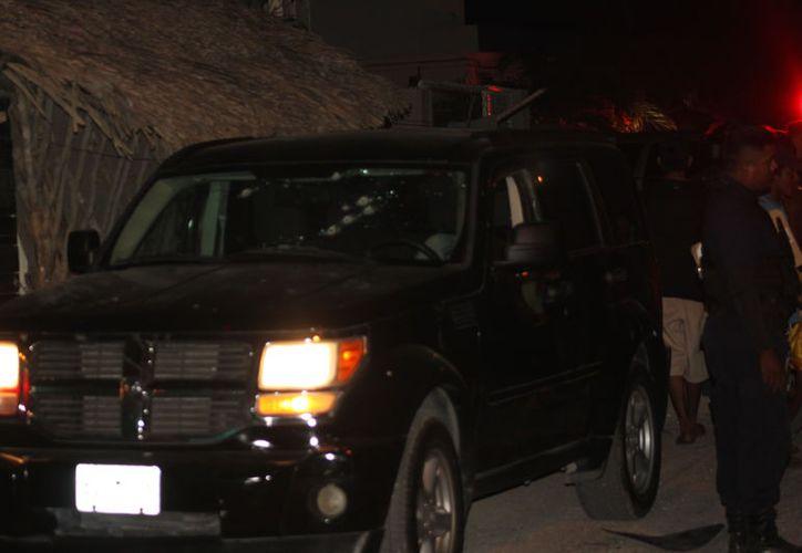 La mujer recibió varios disparos cuando conducía una camioneta. (Redacción/SIPSE)