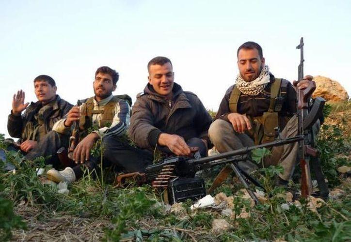 Los elementos respaldarán a los insurgentes que combaten al régimen de Bashar al Assad. (Archivo/Agencias)
