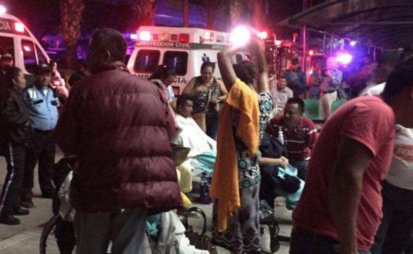 Personal del IMSS se movilizó  para poner fuera de riesgo a los pacientes. (Foto: Twitter)
