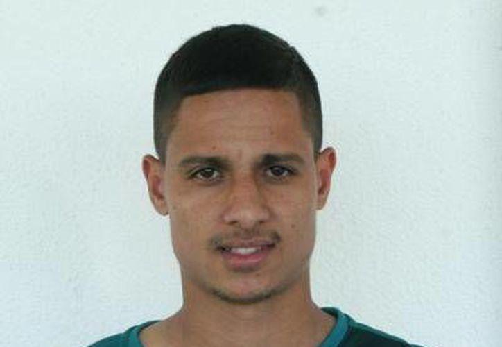 El delantero brasileño Ronei Gleison se convierte en refuerzo de Jaguares de Chiapas, proveniente del Ponte Preta, la imagen es de cuando el brasileño militaba en el club Goiás. (www.goiasec.com.br)