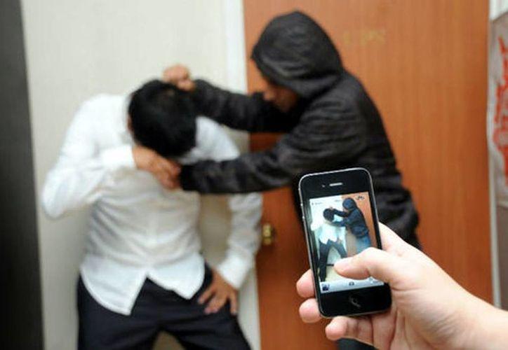 Los padres del jovencito reportaron a la directora de la escuela el bullying que su hijo sufría, aunque no obtuvieron respuesta positiva. (Archivo/Milenio)