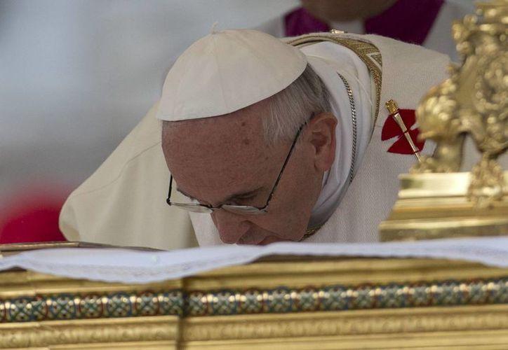 """El Papa dijo que Dios """"se alaba saliendo de sí mismos"""". (Agencias)"""
