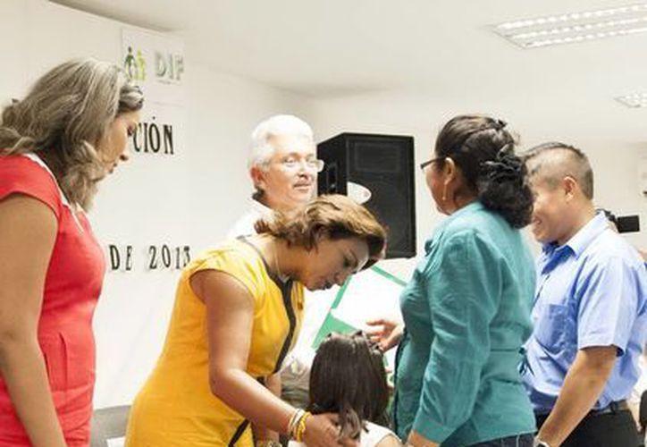 Impulsa el DIF la adopción para que los menores tengan un nuevo hogar. (Milenio Novedades)