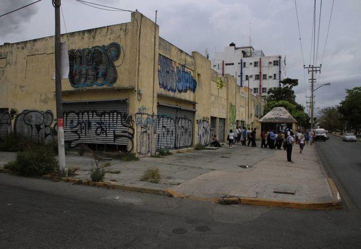 El grafiti y la mala imagen evita que lleguen proyectos. (Tomás Álvarez/SIPSE)