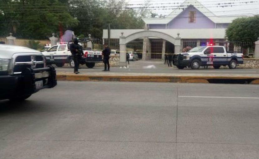 Presuntos sicarios irrumpieron una celebración de 15 años y asesinaron a dos jóvenes.  (Foto: Plumas Libres)