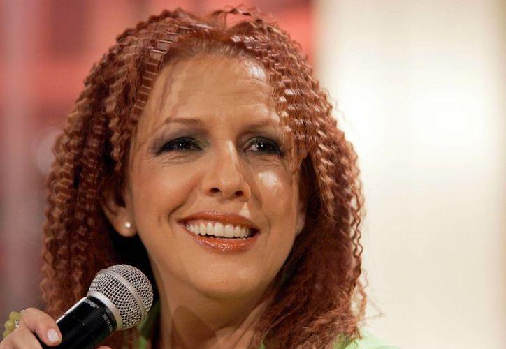 Albita presenta su nuevo álbum 'Una mujer que canta', con puro talento cubano. (Agencias)